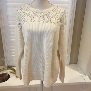 Vince Camuto cream sweater size large